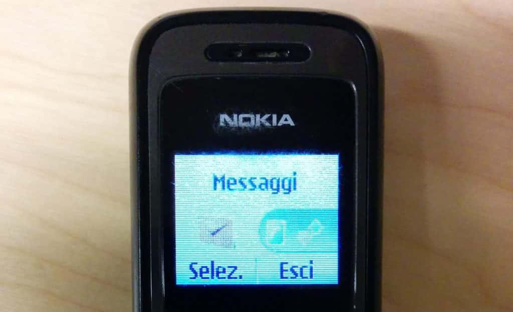 11 buoni motivi per rispolverare un vecchio telefono