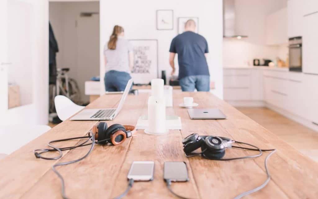 Lavorare da casa: ecco come organizzare gli spazi di lavoro