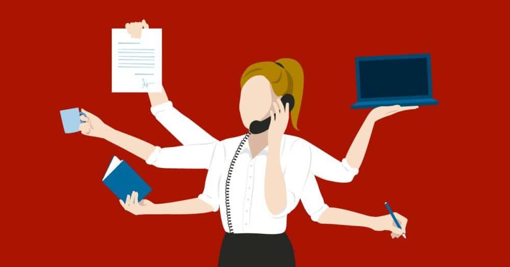 segretaria multitasking