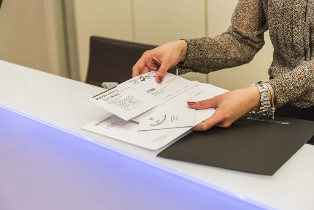 invio di documenti a clienti