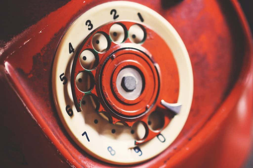 telefono vintage rosso