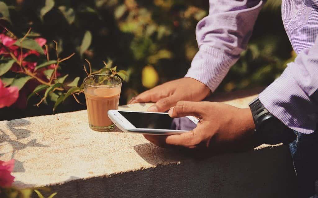 Viaggi di lavoro: le app per restare produttivi