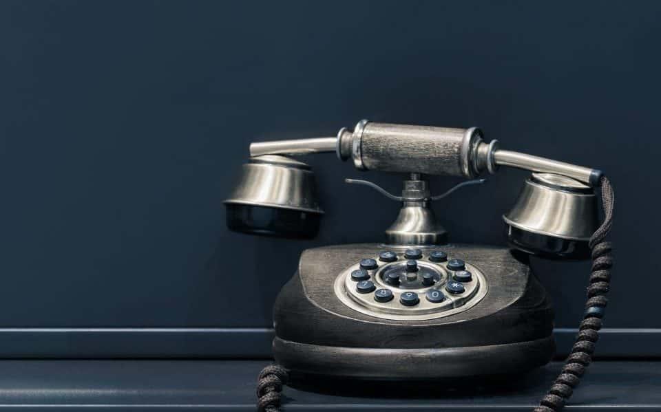 Trasferimento di chiamata: 4 scenari in cui può salvare la tua attività