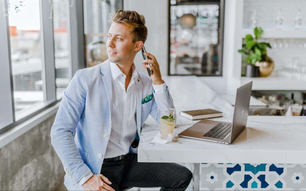 Chiamate di lavoro: eliminare gli sprechi di tempo in 3 mosse